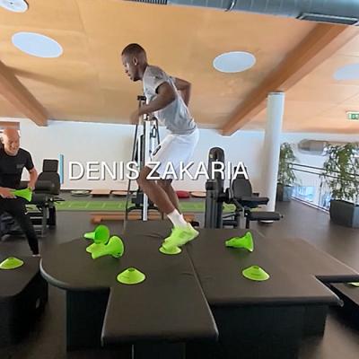 Denis Zakaria beim alinus Training